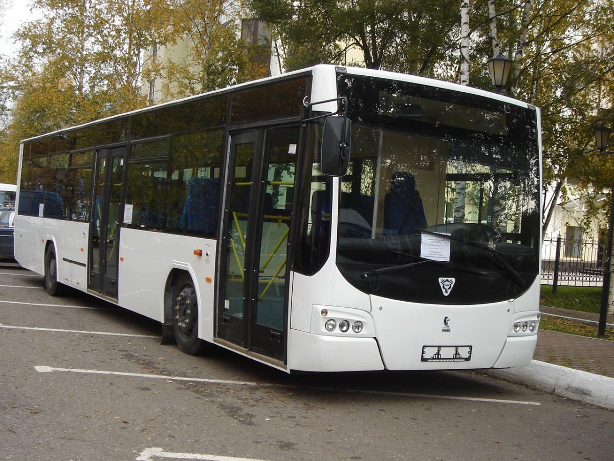 Почему в Вологде такой дорогой проезд в «общественном» транспорте.