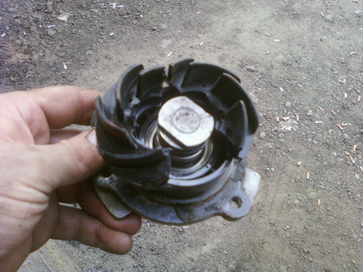 Помпа на вазе фото